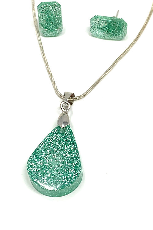 Minty Green Teardrop Necklace and Earring Set front view
