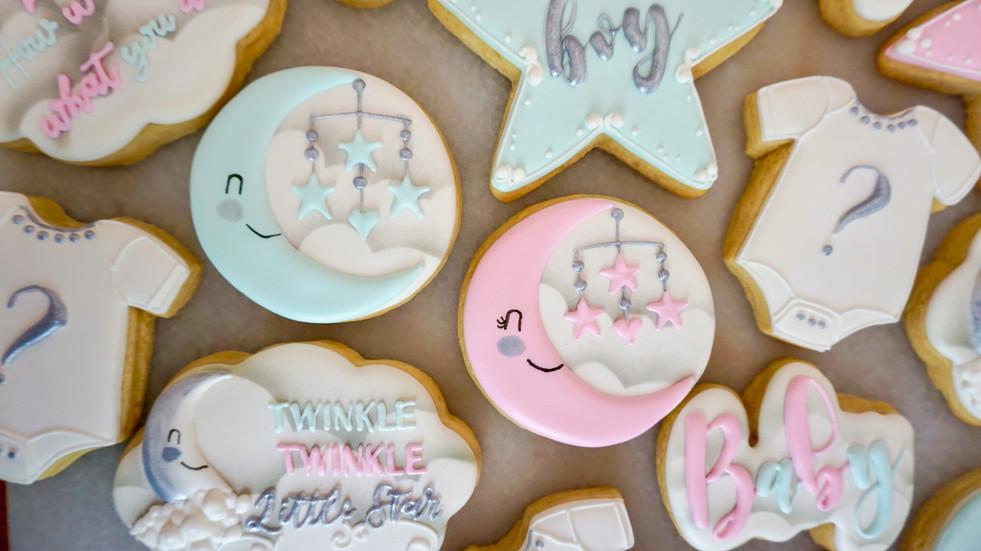babyshowercookies2moons.JPEG