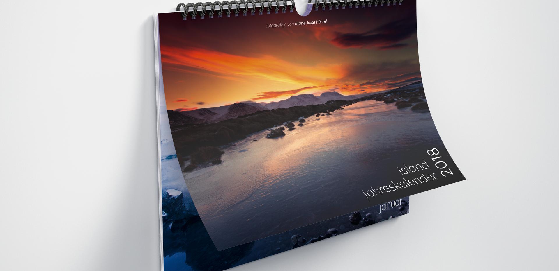 Horizontal_Calendar_Mockup_2.png