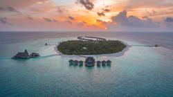 Anantara Kihavah - Aerial View.jpg