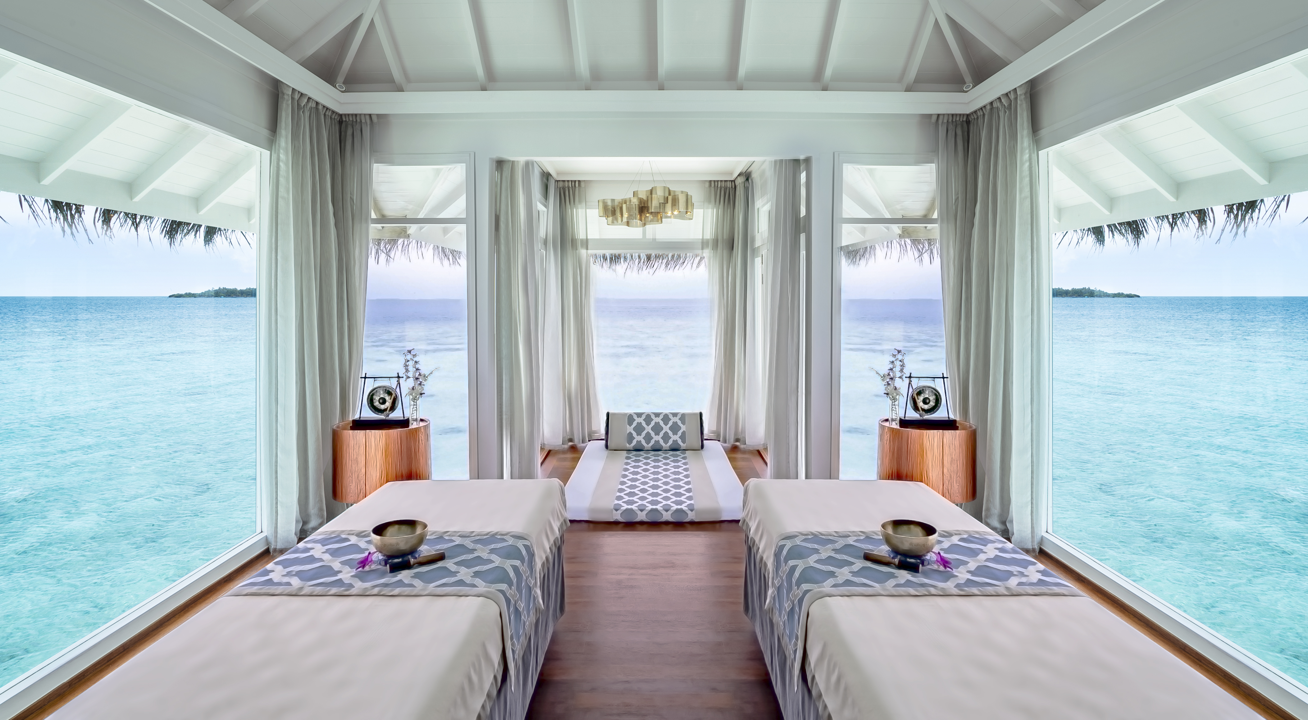 Anantara_Kihavah_Spa_Thai_Treatment_Room
