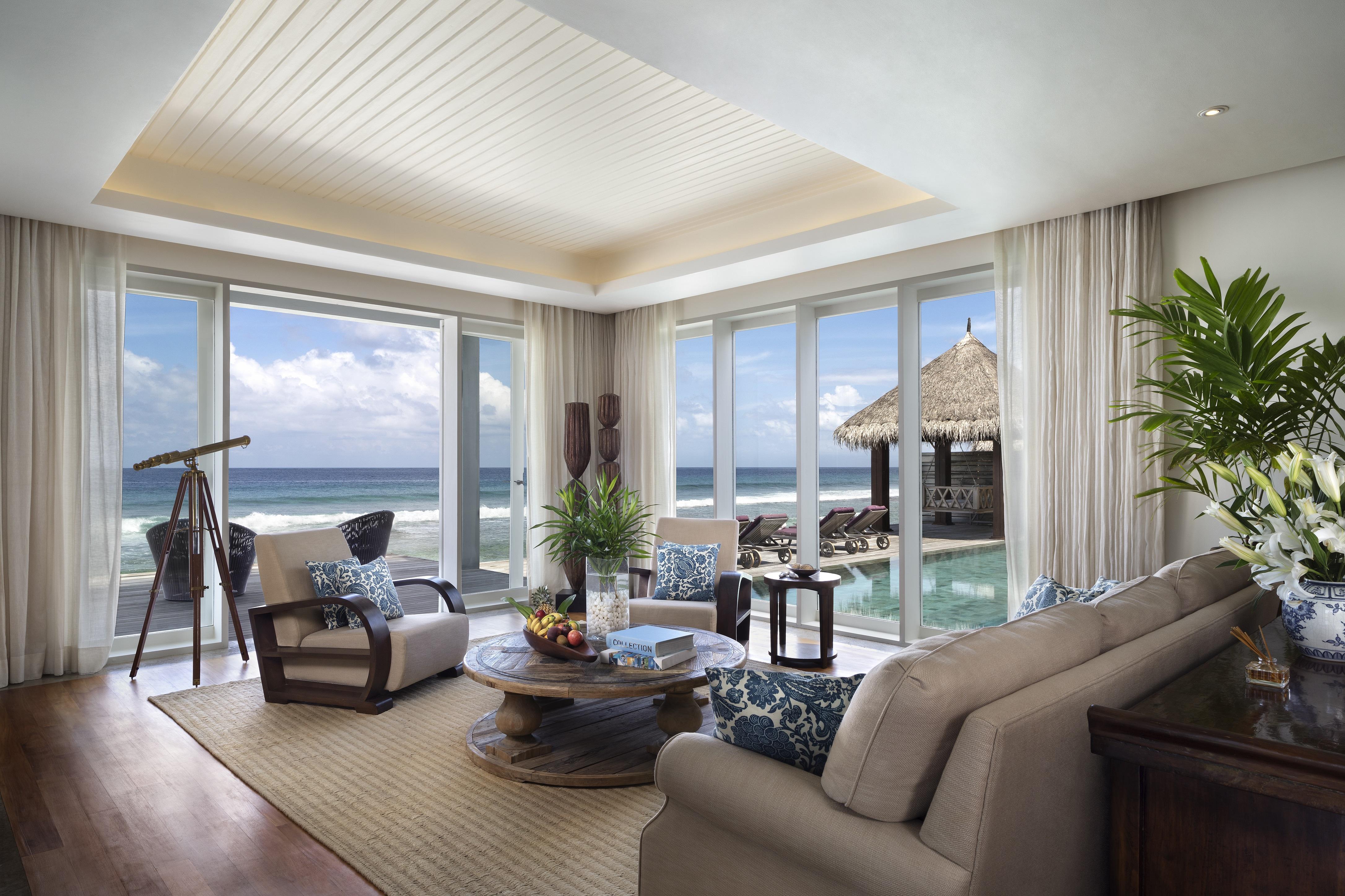 Naladhu_Private_Island_Residence_Livingr