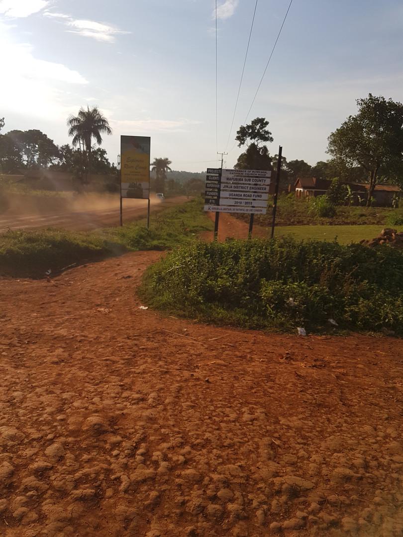 Ugandas Dirtroads