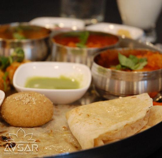 Avsar_Gujarati_Thali_Royal_4.jpg