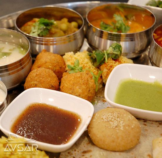 Avsar_Gujarati_Thali_Royal_5.jpg