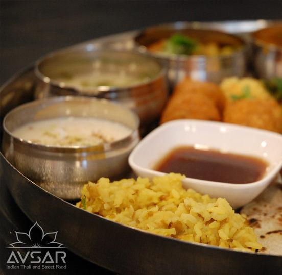 Avsar_Gujarati_Thali_Royal_3.jpg