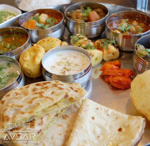 Avsar_Gujarati_Thali_Royal_6.jpg
