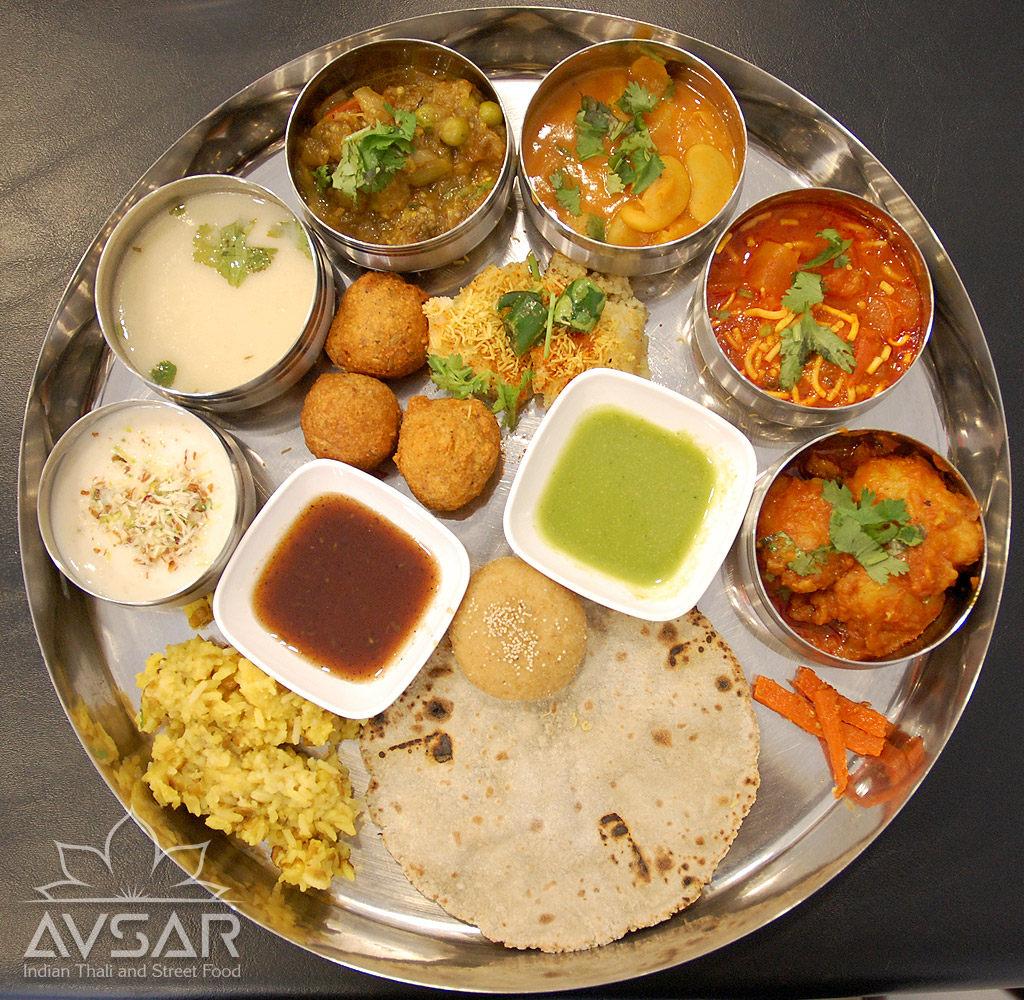 Avsar_Gujarati_Thali_Royal_2.jpg