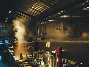 A Leader's Guide to Food Hygiene Rules in Commercial Kitchens