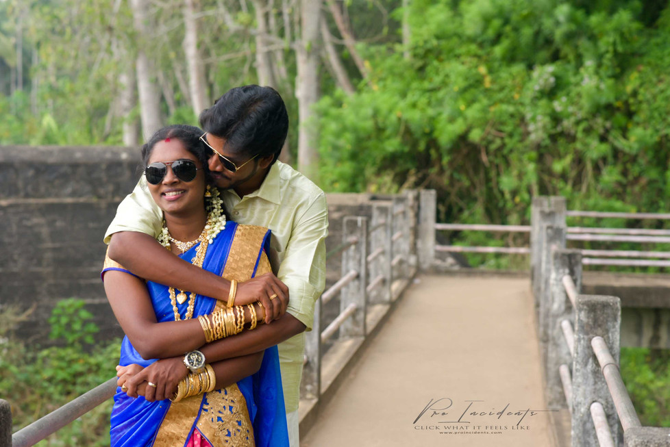 Couple outdoor film candid shoot marthandam