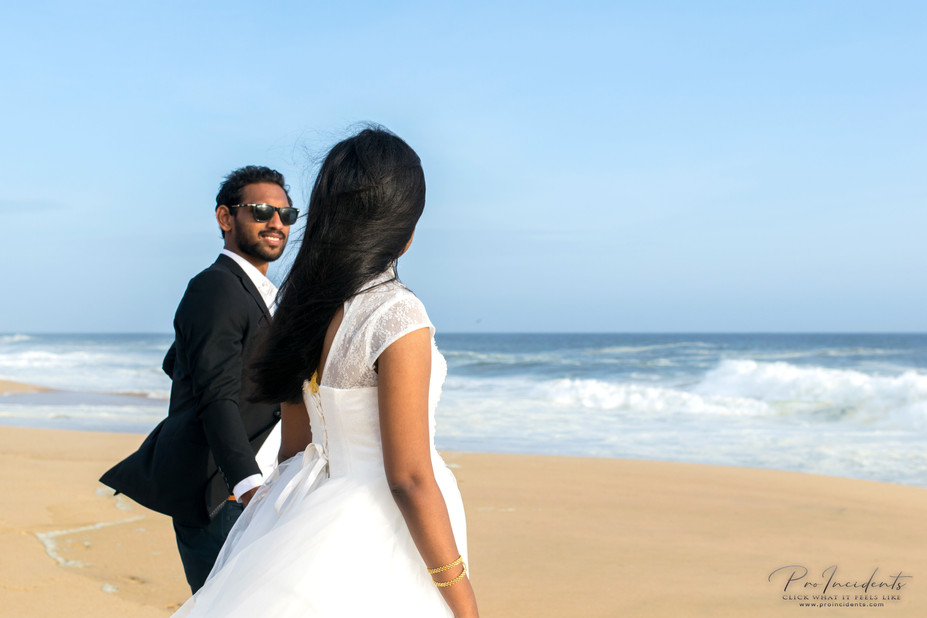 Best Candid Catholic christian wedding photographer Nagercoil Tamilnadu outdoor Shoot