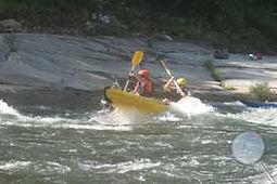 le domaine Arbres & Cabanes se trouve à proximité des loueurs de canoê de l'Ardèche et du Chassezac