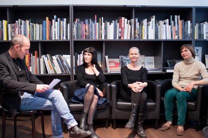2013 3 femmes photographes Librairie le