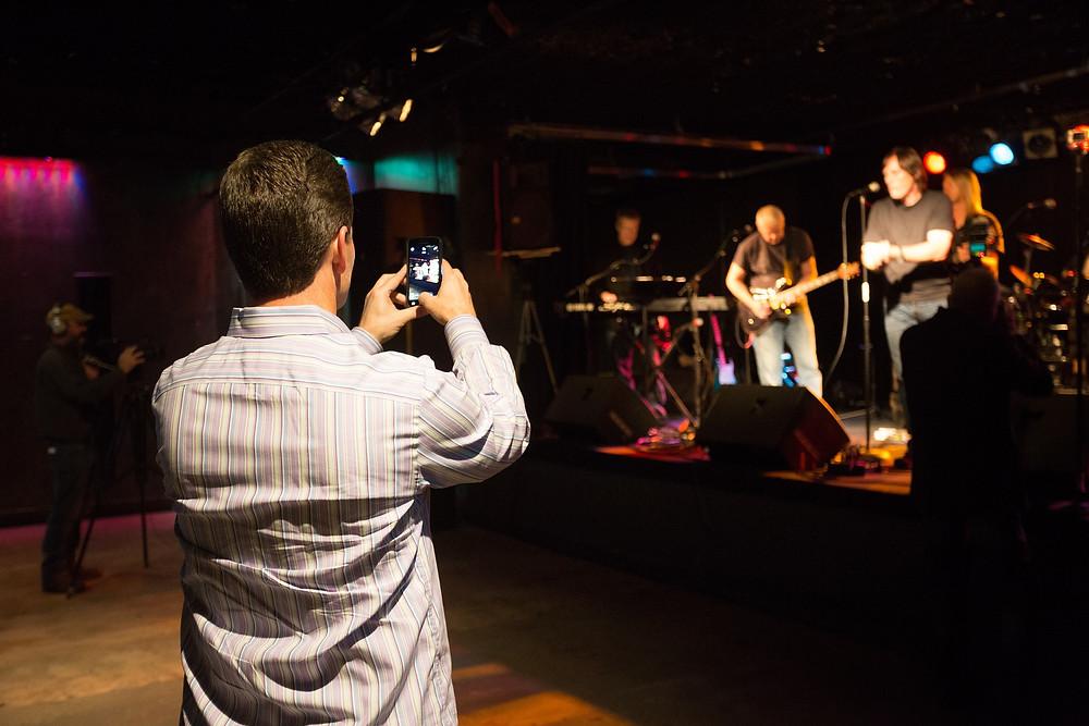 increase exposure in live video