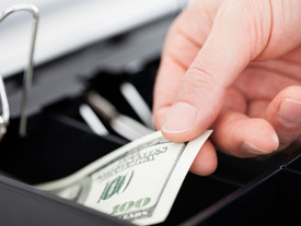 5 Ways to Prevent Employee Dishonesty and Theft