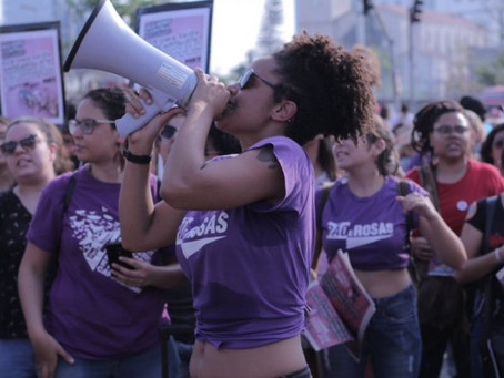 Mulheres na linha de frente da crise sanitária e no combate contra o capitalismo patriarcal racista