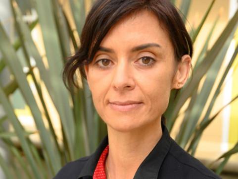 Tecnoutopias racializadas e coloniais em relação ao futuro do trabalho: entrevista com Kalindi Vora