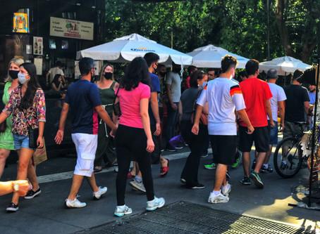 A realidade da pandemia no Brasil entre o discurso normalizador e a realidade preocupante