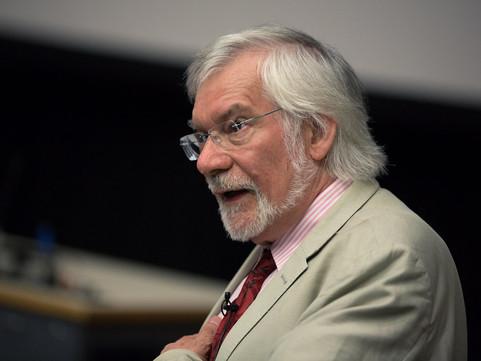 Materialidades da comunicação e crítica da economia política: entrevista com Graham Murdock