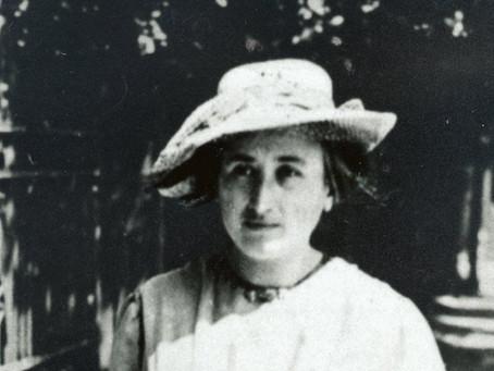 """""""As táticas da revolução"""" segundo Rosa Luxemburgo"""