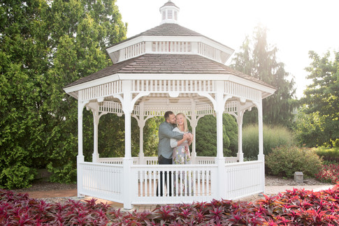 Howell, MI Engagement Photography-2.jpg