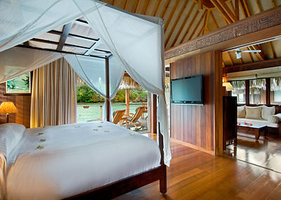 Tahiti Overwater Bungalows Honeymoon