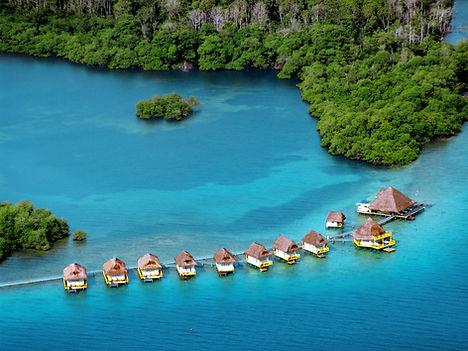 Punta Caracol Acqua Lodge Overwater Villas