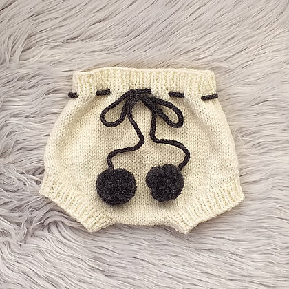 Classic Bloomers With Such Cute Pom Poms