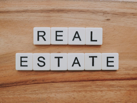 Here Are 5 Reasons Why You Should REALLY Sell to a Real Estate Agent (OR NOT!)