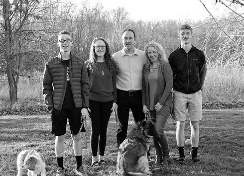 Family%20Pic%202020_edited.jpg