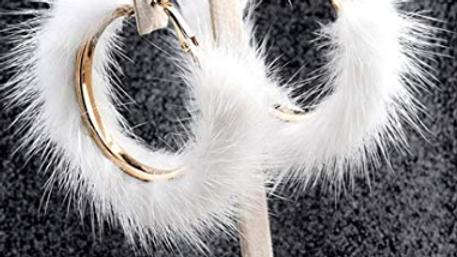 snow white fur earrrings
