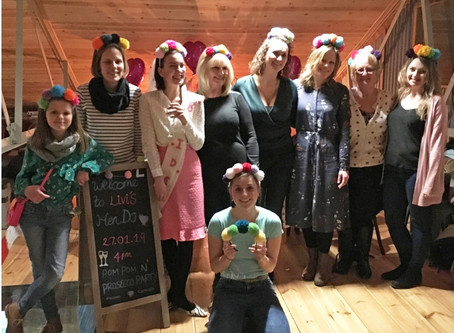 DID SOMEBODY SAY A CRAFTY HEN PARTY?!