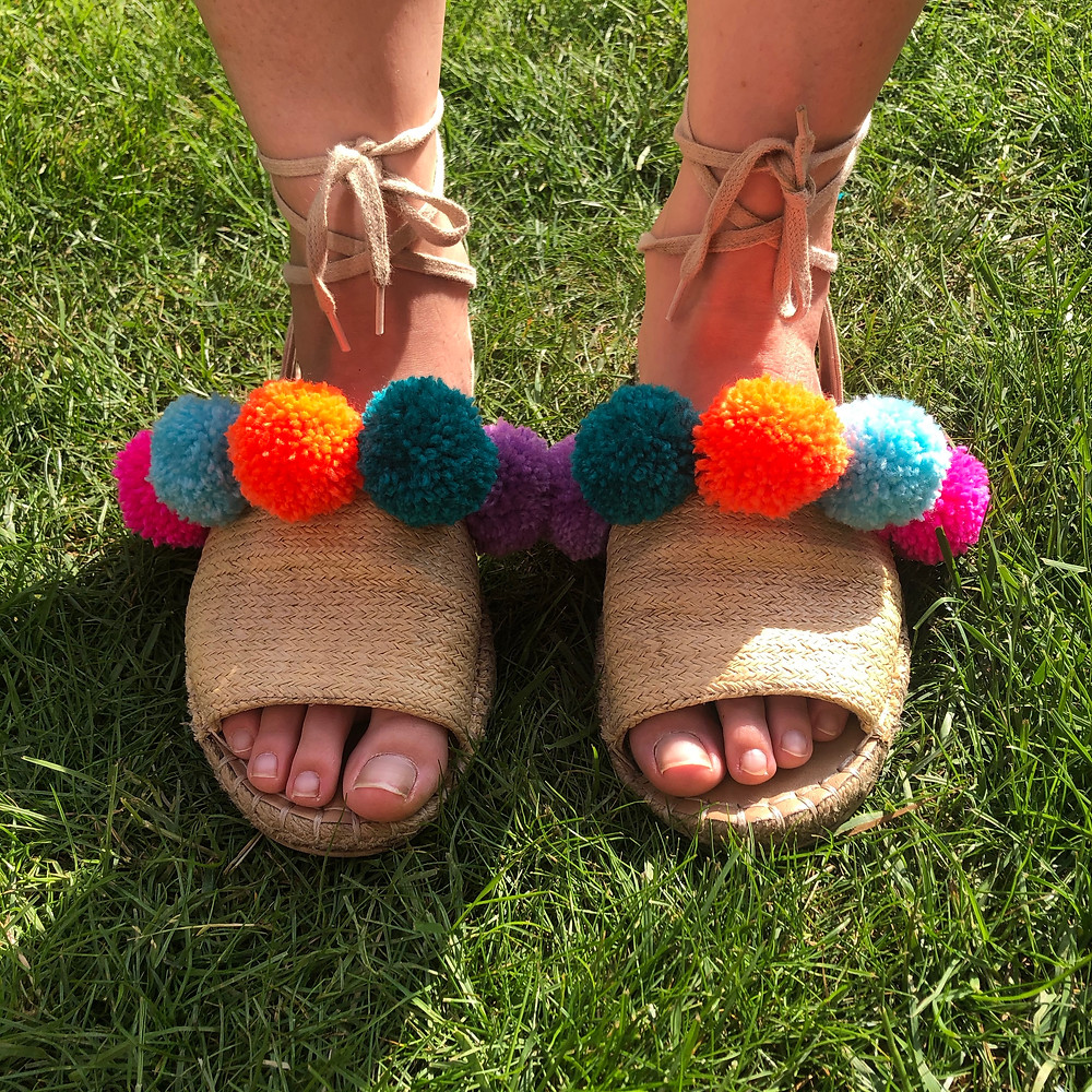Jazz up your old summer sandals and make new ones!