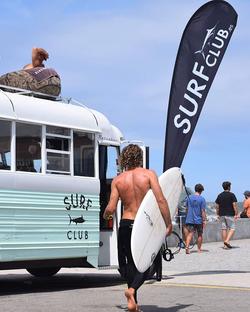 instalación para Surf Club
