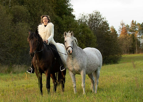 meg, hest, kåpe2.jpg