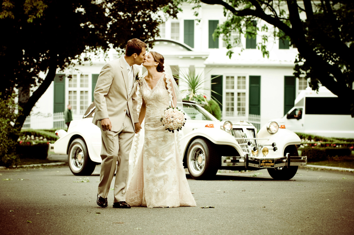 #NJwedding photo at The Shadowbrook in Shrewsbury, NJ by Abella Studios