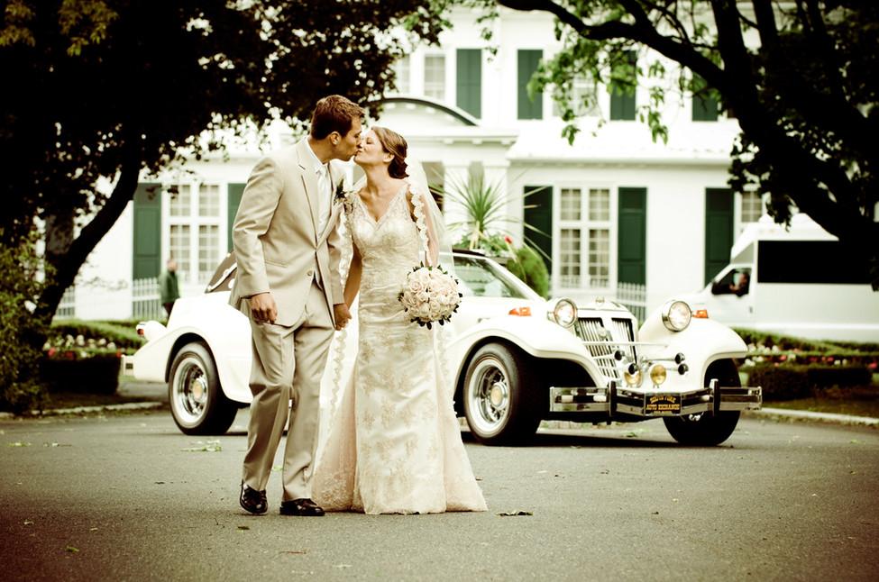 #NJwedding photo at The Shadowbrook in Shrewsbury, NJ by Abella Studios