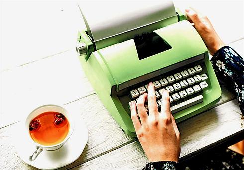 Green%25252520Typewriter_edited_edited_edited_edited.jpg