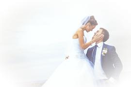 Wedding%20Kiss_edited.jpg