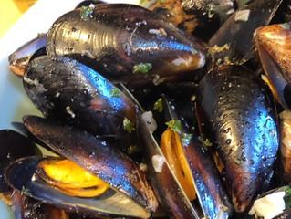 Citrus Ginger Mussels Mariniere