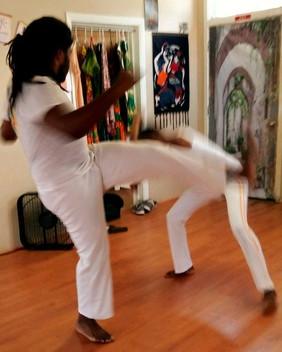 capoeira%20zulu%20wrkout_edited.jpg