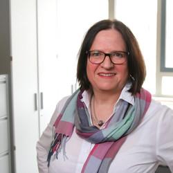 Dr. med. Karin Oltmann