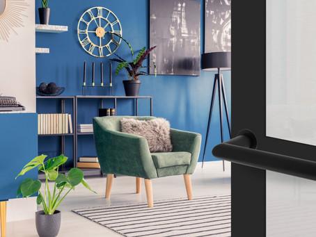 Moderne vormgeving van deurkruk met minimalistische rozet