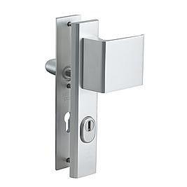veiligheidsbeslag achterdeur 1.jpg