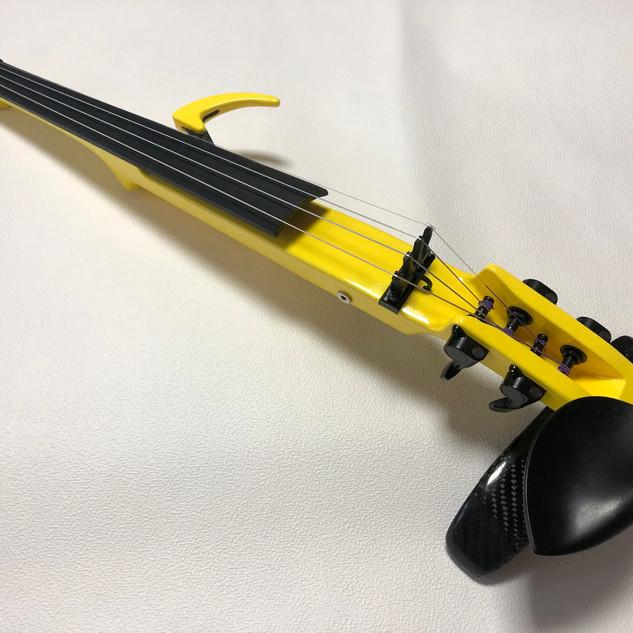 ORBY_Electric violin_full2.jpg