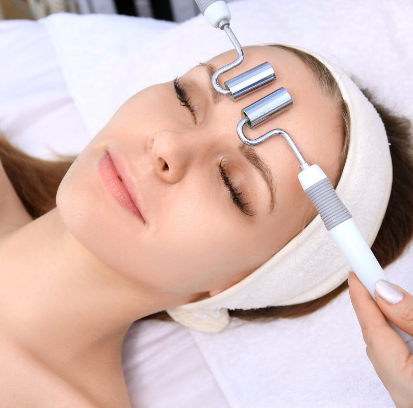 Microcurrent_Facial_Rejuvenation_Spatiqu