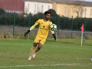 Anciens - Amine Essomba sélectionné pour une revue d'effectif avec la sélection nationale U16