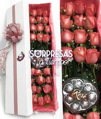 Caja de veinticuatro rosas (R003)