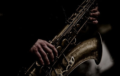 8064-saxofon_edited.jpg