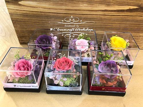 💕保鮮花花香玫瑰水晶盒💕